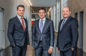 Peri GmbH Group Management Board: Dr. Fabian Kracht, Managing Director Finance and Organization, Alexander Schwörer, Managing Director Sales and Marketing and Leonhard Braig, Managing Director Products and Technology (Photo: Peri GmbH)