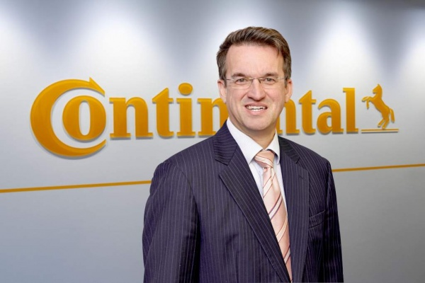Reinhard Klant Reinhard Klant ist neuer Product Line Manager Erdbewegung bei Continental Commercial Specialty Tires (CST).