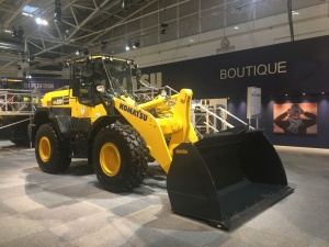 Komatsu Dash 8 Wheel Loader Series on Continental EM-Master